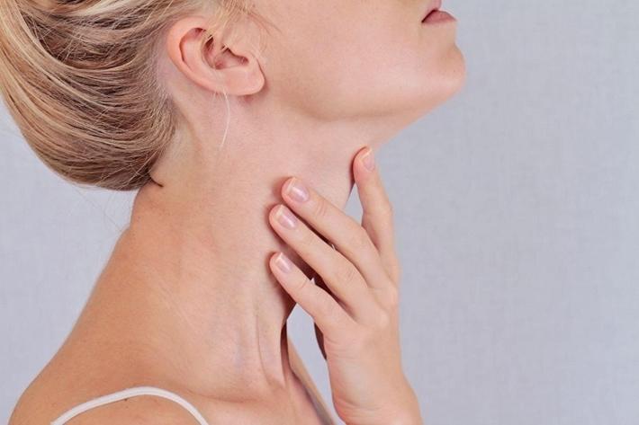 Ung thư tuyến giáp có chữa được không? Dấu hiệu nhận biết bệnh?